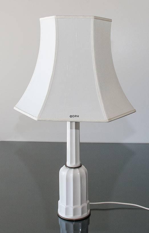 Lampeskærm kantet til heiberg lampe