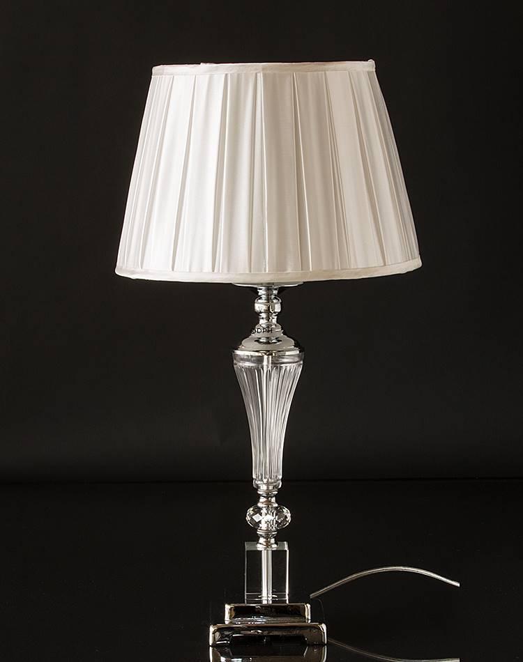 krom lampe med krystal og glas med sk rm nr k1012 alt 31247 dph trading. Black Bedroom Furniture Sets. Home Design Ideas