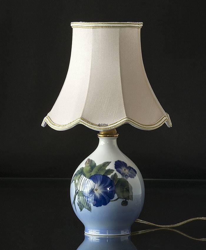 Håndsyet skærm Royal Copenhagen lampe