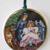 1995 Royal Copenhagen Ornament, Den Kære Familie