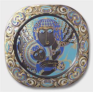 Wall decoration - Bjorn Wiinblad Christmas plate in crystal 1976 The virgin Mary with baby Jesus